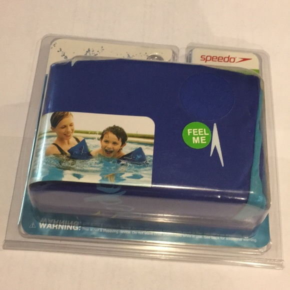 New Speedo Soft Fabric Armbands with Multiple Air Chambers for Kids